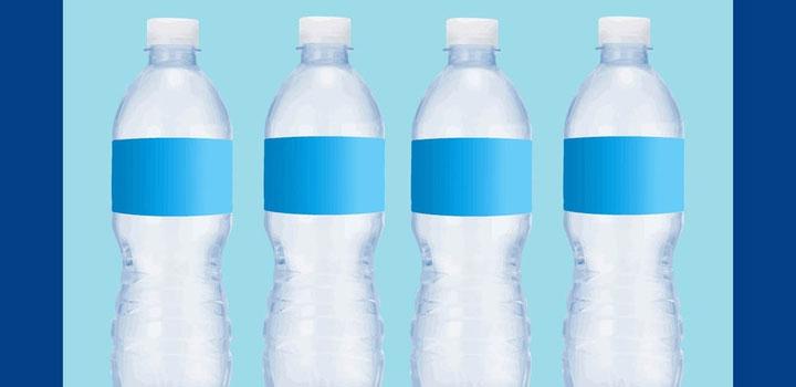 Botellas agua vectores gratis